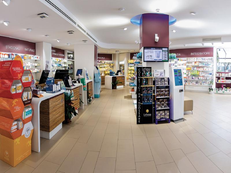 Tuttolegno arredamenti per farmacie e attivit commerciali for Arredamenti farmacie